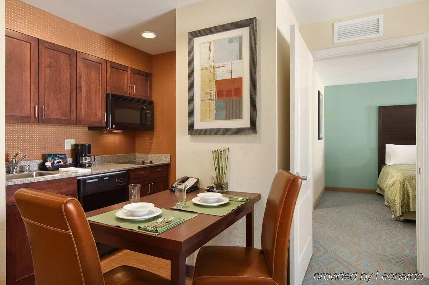 HOMEWOOD SUITES BY HILTON PALM DESERT, PALM DESERT ***